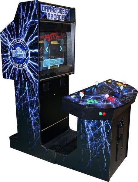 Arcade game machines ElaLightning3